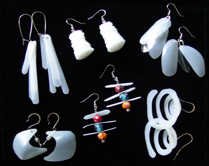 Recycledplasticjewelry1